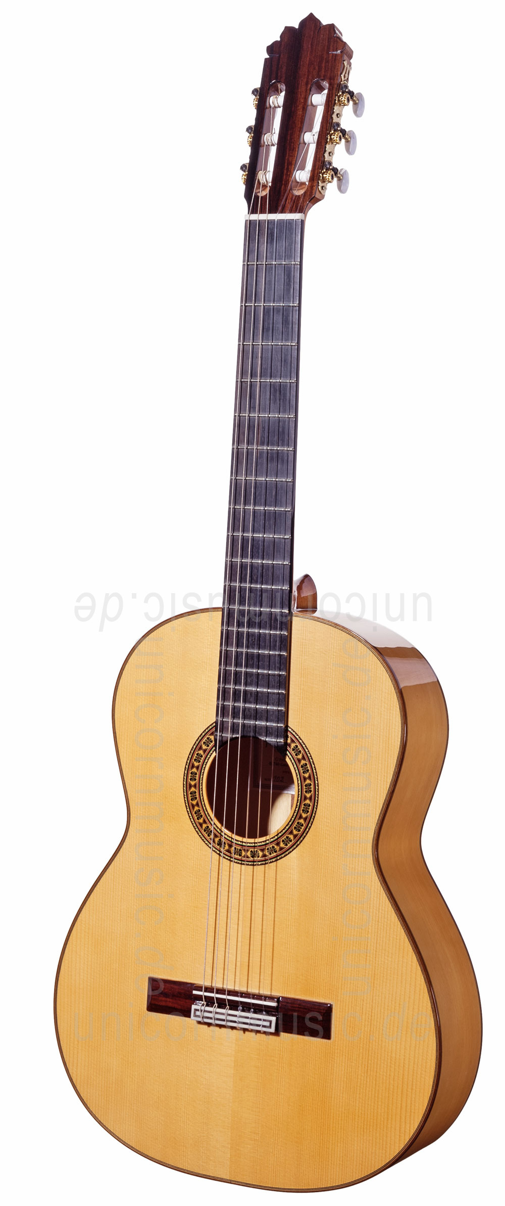 to article description / price Spanish Flamenco Guitar JOAN CASHIMIRA MODEL 102 - solid spruce top - cypress