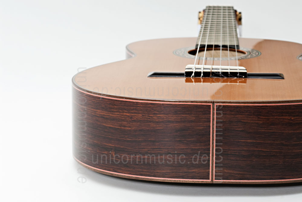 to article description / price Spanish Classical Guitar JOAN CASHIMIRA MODEL 140 Cedar - solid cedar top