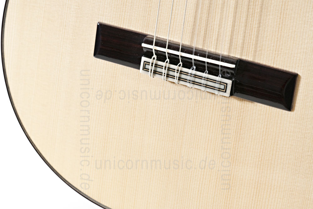 to article description / price Spanish Classical Guitar JOAN CASHIMIRA MODEL 144 Spruce - all solid - spruce top