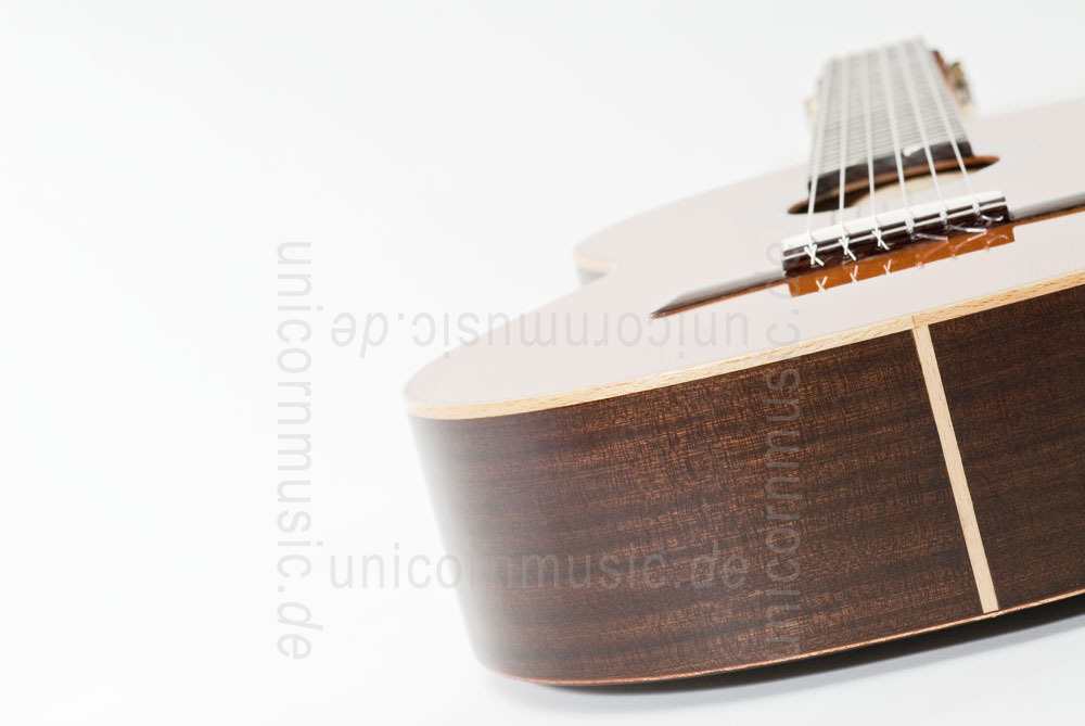 to article description / price Spanish Classical Guitar VALDEZ MODEL 1/63 SENORITA (ladies